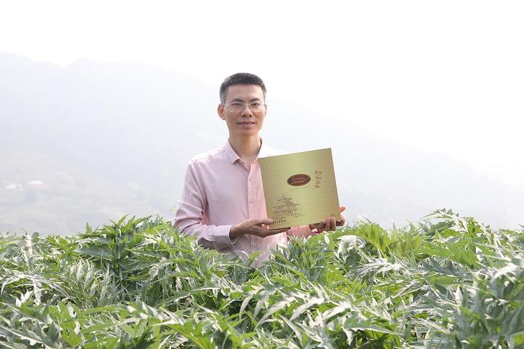 Đông trùng hạ thảo khô là loại thảo dược quý nên có giá thành khá đắt.